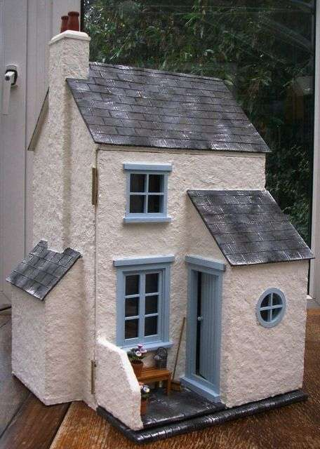 cottage dolls house