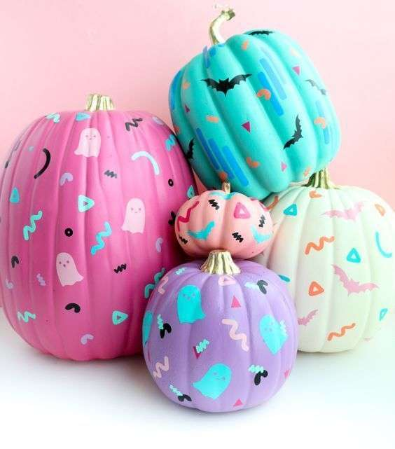 90's patterned pumpkins