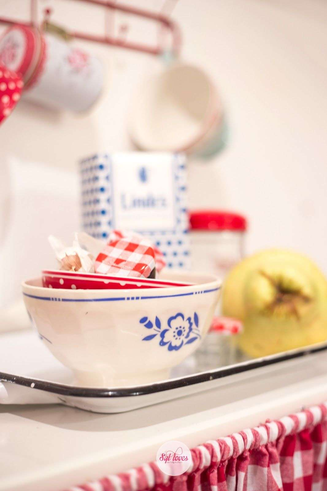 red and blue vintage kitchen