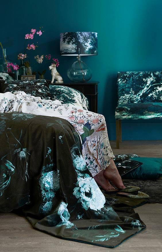 dark green and velvet bedding