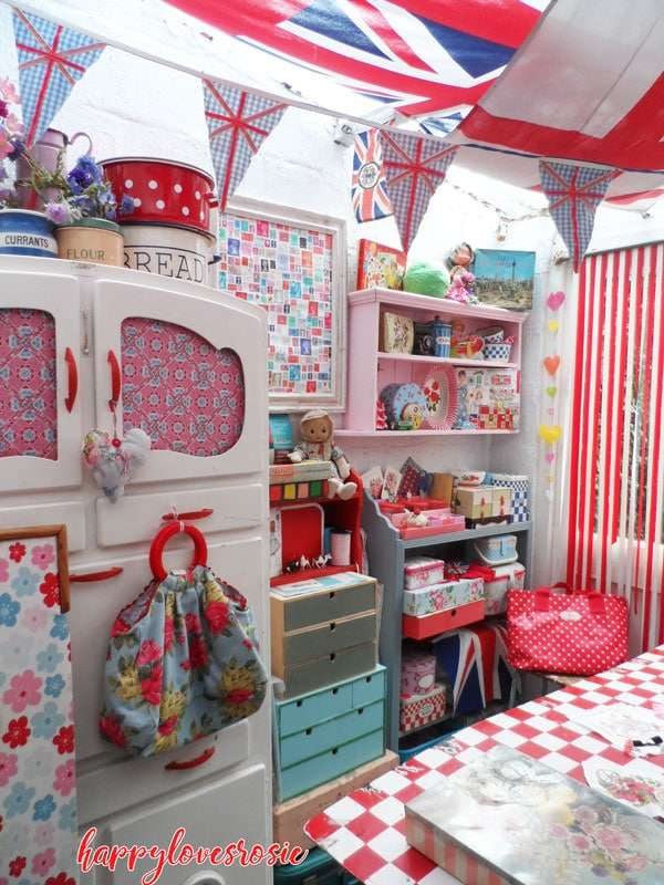 craft room out house